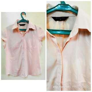 S-M size button down collares top