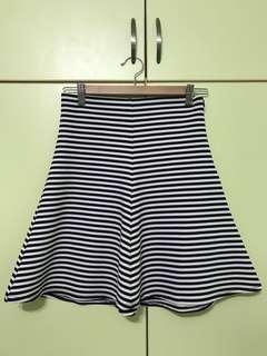 Forever 21 Skirt (BL)