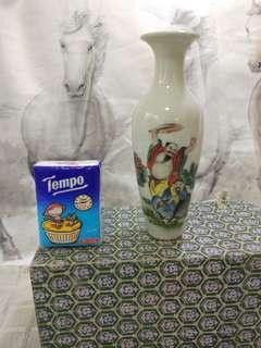 舊花瓶7吋高
