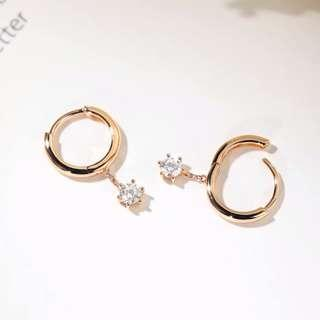 0.15ctx2 Natural diamonds 18k gold earring