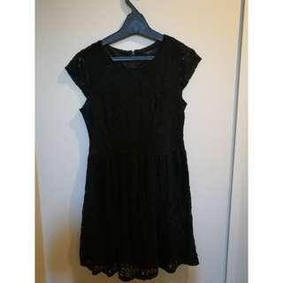 BLACK PAGANI LACE DRESS SIZE 10