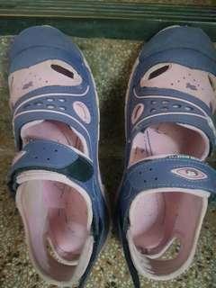🚚 女童G.P涼鞋(35號=24公分)
