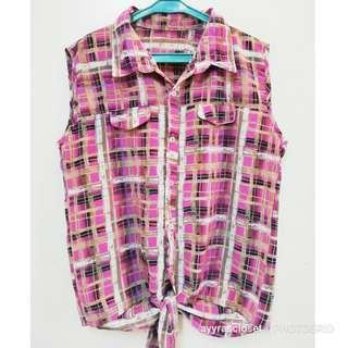 M size Checkered Top