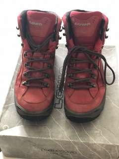 🚚 Lowa Renegade Mid Rise Hiking Boots