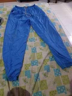 Nobrand celana training