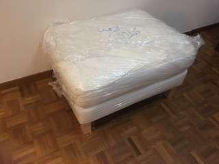 Cushion stool / chair