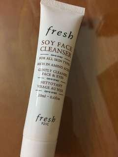 Fresh Soy Face Cleanser sample