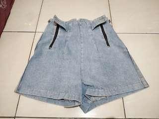 Highwaist short pants