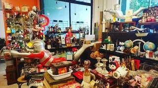 Vintage Shop Open House