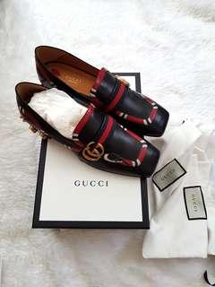 NEW Gucci Yoko Snake Loafers