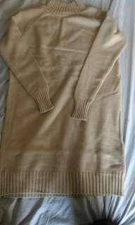 🚚 杏色長版高嶺針織毛衣