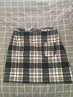 MISSGUIDED check skirt