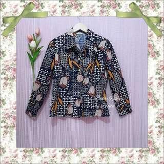 Oversize Kemeja Hem Model Blazer Tebal Outer Outwear Wanita Abstrak Vintage Batik
