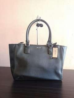 Authentic Brand New Nine West Bag in Black
