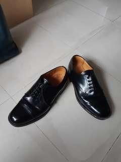 genuine made in England SANDERS shoes