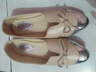 Flatshoes Hebron Cream
