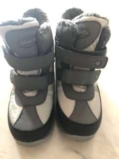 Winter shoes for boys