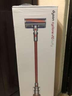 Dyson V10 Fluffy Sealed with 24 months local warranty