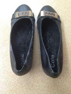 Sepatu Kerja Wanita COLE