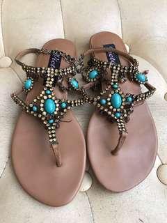 閃石吊銖啡色涼鞋