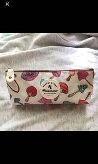 Kotak Pensil Jamur