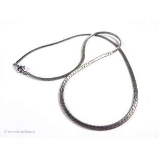 Vintage 1970s Ox-silvertone Thin Herringbone Plain Chain, nk647