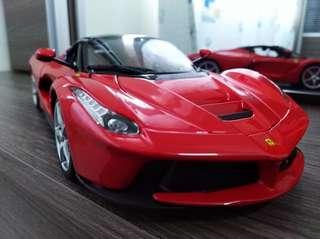 Bburago Signature Ferrari Laferrari [RED] 1/18