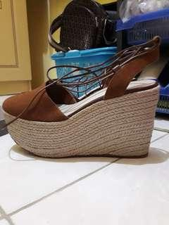 Wedges  Brown Charles and Keith