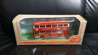 EFE28801 LEYLAN TITAN LONDON TRANSPORT 巴士模型