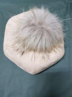 🚚 毛球可拆.麂皮帽.杏色淺駝色貝雷帽.畫家帽.報童帽