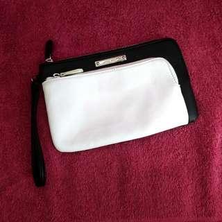 NINE WEST Color Block Black White Double Zip Wristlet Pouch