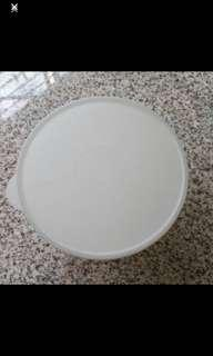 23cm Tupperware Salad Bowl With Cover
