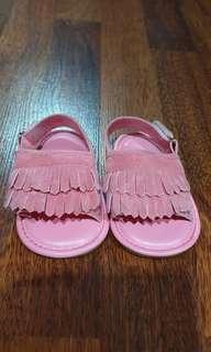 Baby prewalker shoes pink