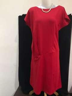 Dress Merah casual