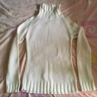 White Wool Knitted Sweater