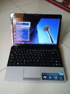Notebook Asus 1215 - Dual Core 2Gb 320Gb 12inch