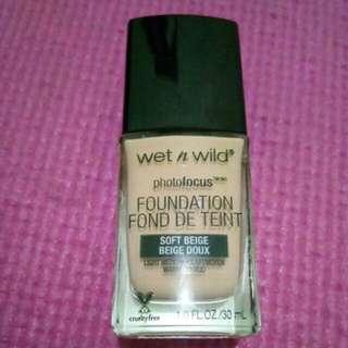 Wet n Wild Foundation Soft Beige
