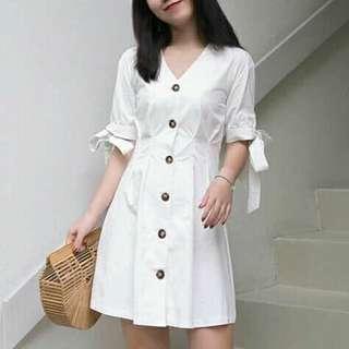 😊BD mini Dress w ribbon sleeves