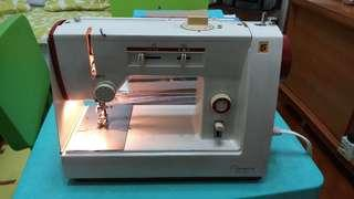 Olympia SZA-21S Sewing Machine 電動衣車