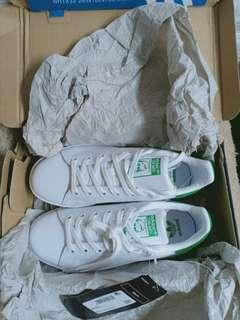 brand new authentic stan adidas size 5 not mk,ks,channel,lv,keds ,cpach