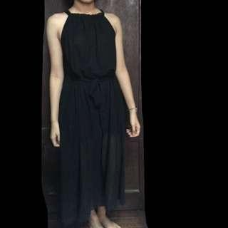 For rent - black dress