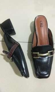 Cr2 heeled mules