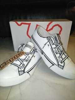 e434cabfc693 Customised white Kappa shoe