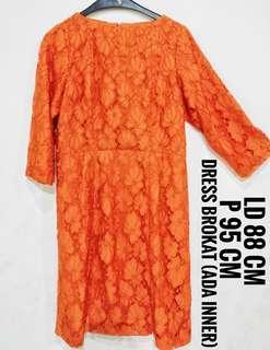 Dress brokat wanita