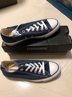 🚚 Authentic Converse Shoes