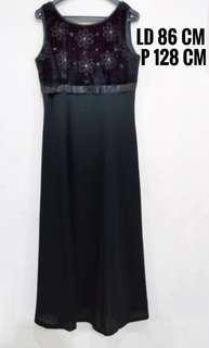 Black dress (evening dress)