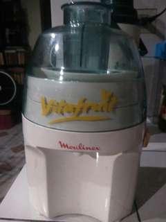 Moulinex Vitafruit Y36 Juicer