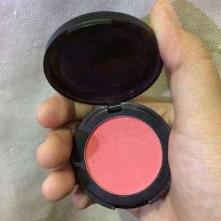 Preloved blush on focallure
