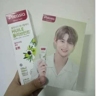 Bae Jinyoung Pleasia and Postcard
