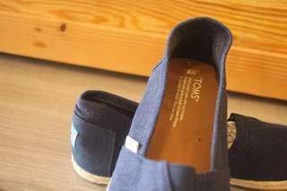 TOMS 休閒鞋 藍  M9/EU42/UK8/US9
